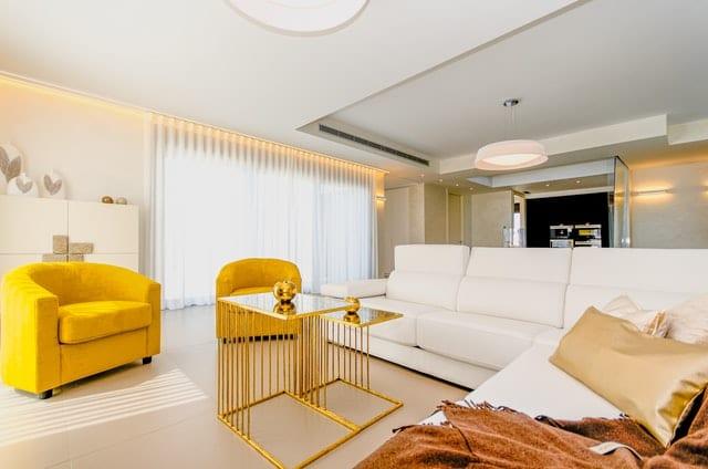 maison-canape-blanc-cuir-1-image